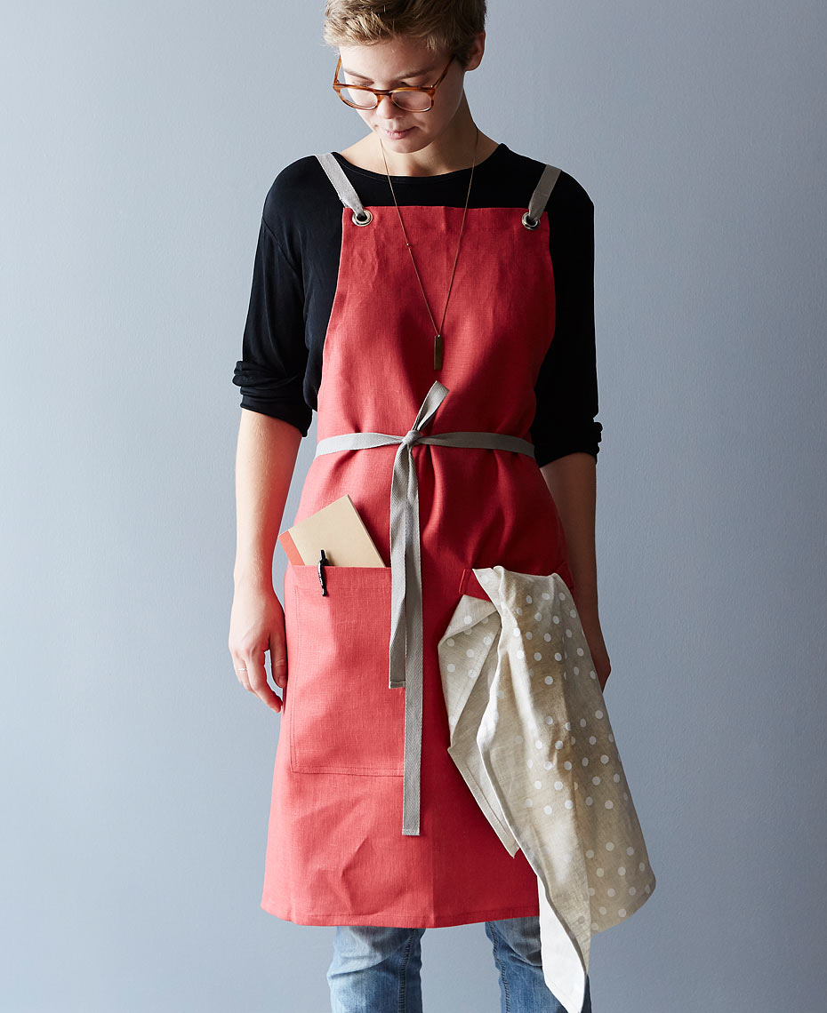 114_studiopatro_crimson-cross-back-kitchen-apron_carousel_shop_mark-weinberg_155