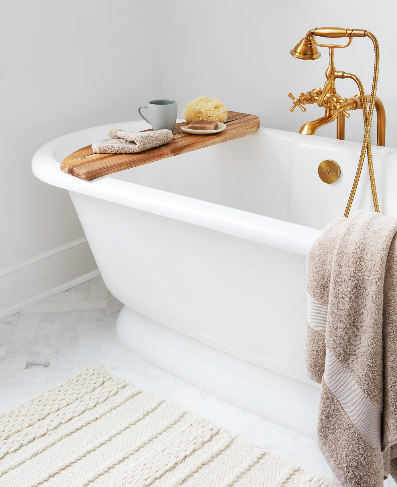 BAB_Dune_Plush-Towels_Towel_Bathtub_V2_0407