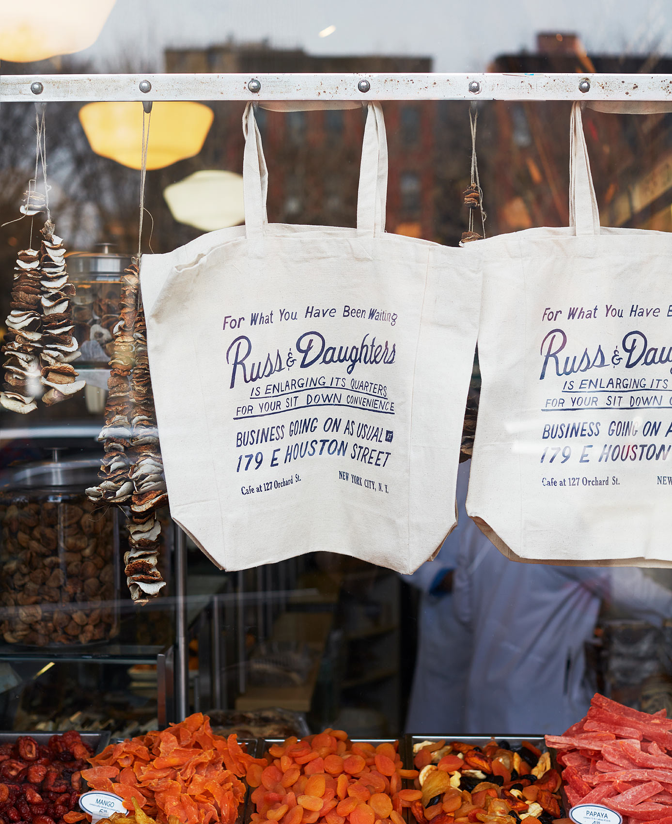 Russ_and_Daughters_Card01_634